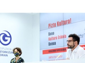 Aldundiak 1.483 Kultura Eskola Bonu banatuko ditu Eibarko eta Elgoibarko 16-17 urte bitarteko gazteen artean
