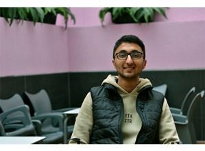 Hassan Nasir, Deban hazitako Pakistandarra