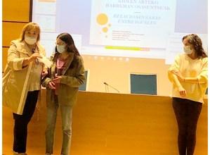 Maialen Romerok irabazi du eskola jazarpenaren aurkako logotipo lehiaketa