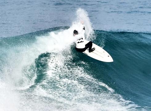 Surf ikastaroan izena emateko epe zabalik egongo da maiatzaren 24ra arte