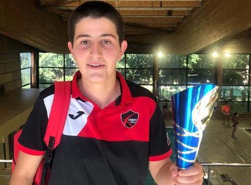 Urbat Urkotronik waterpolo klubak bere hamargarren titulua eskuratu du Iruñean