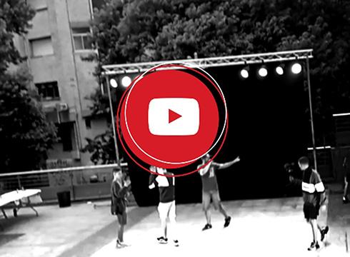 [BIDEOAK] Txaltxa Zelaian egindako oilar-borroka eta dantza erakustaldiaren bideoak ikusgai