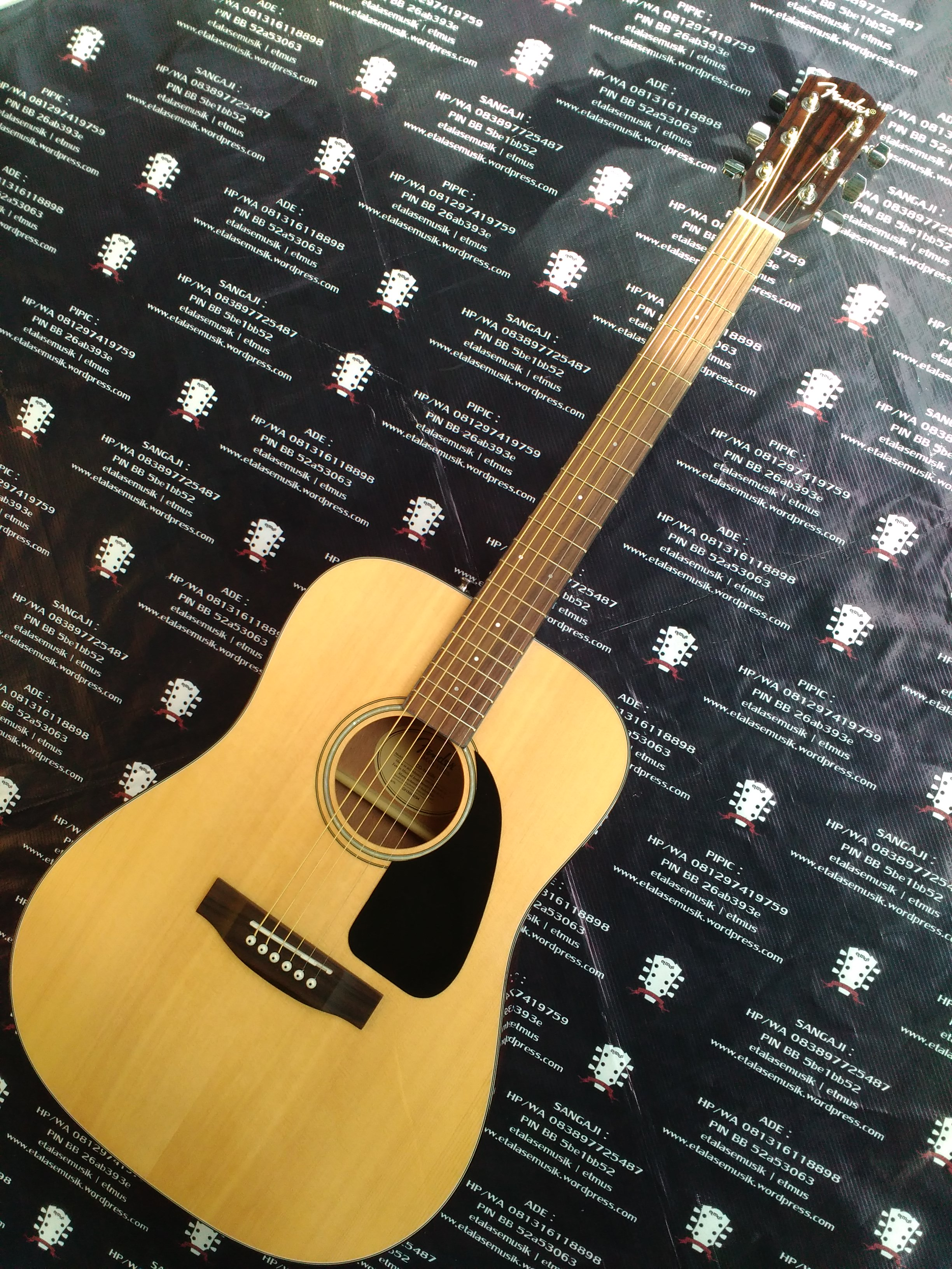 Gitar Akustik Solid Top : Fender CD-140S/N Natural