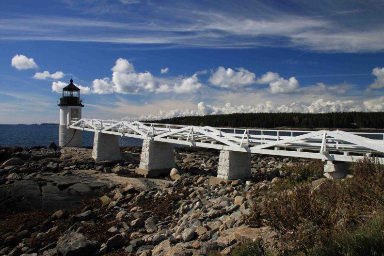 marshall point lighthouseon the maine coast