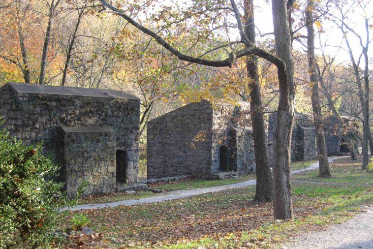 Hagley Museum featuring Du Pont's gunpowder mills