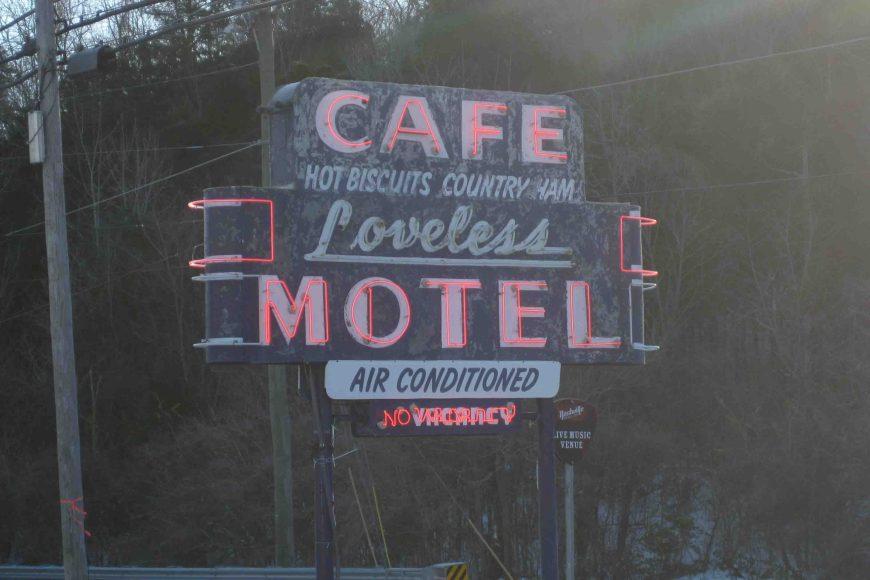 loveless cafe in nashville