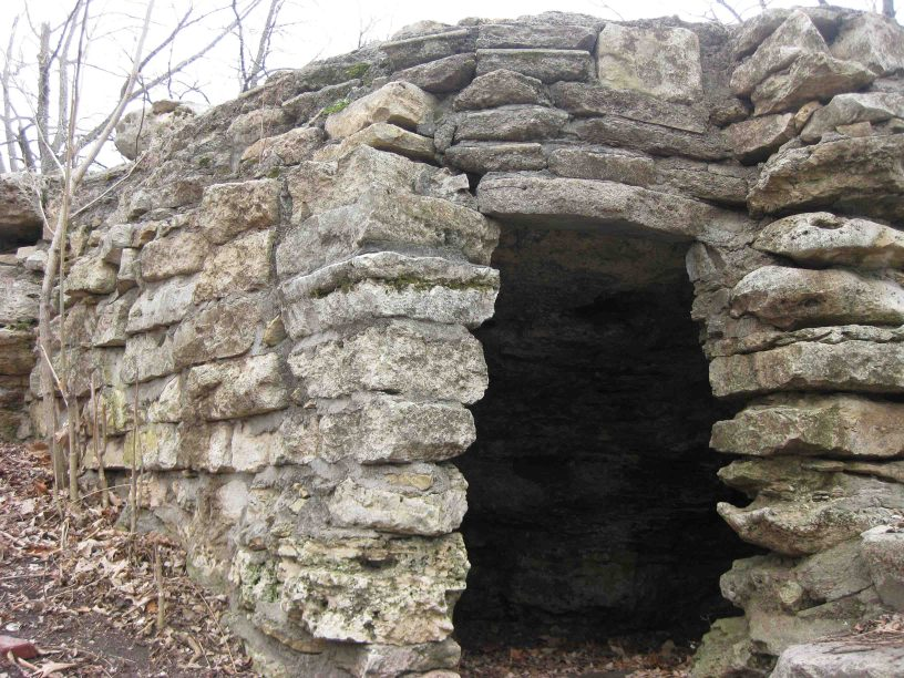 hermit's cave in council grove, kansas