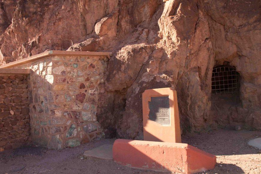 clifton's old jail on the coronado trail