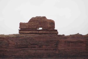 short hikes in canyonlands