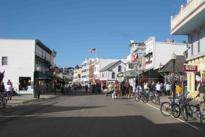 mackinac island historic downtown