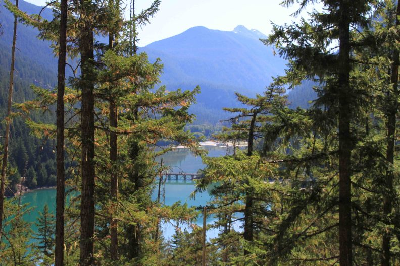 diablo lake in the north cascades