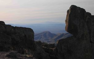 IMG_2986 bw rock view