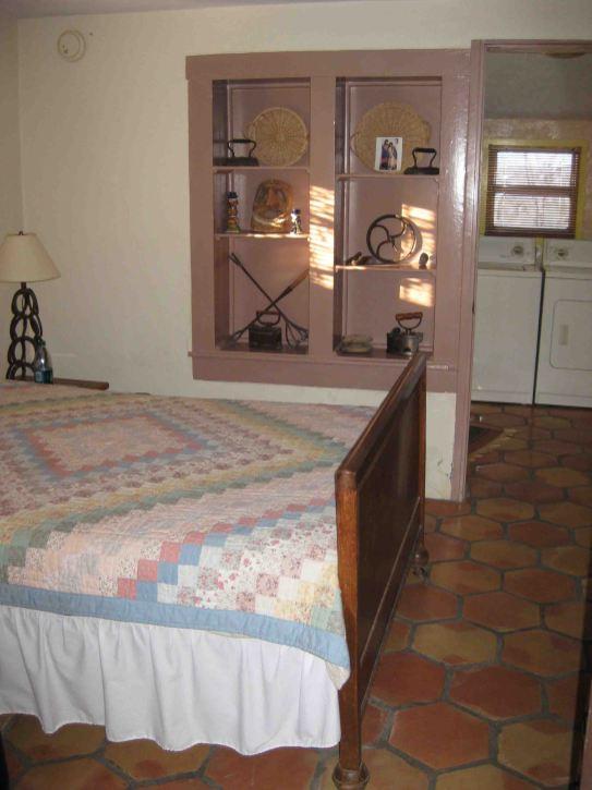 photo 3 (4) bedroom
