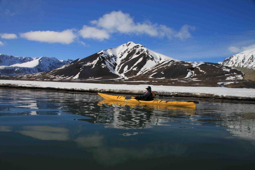 kayaker in Bockfjorden