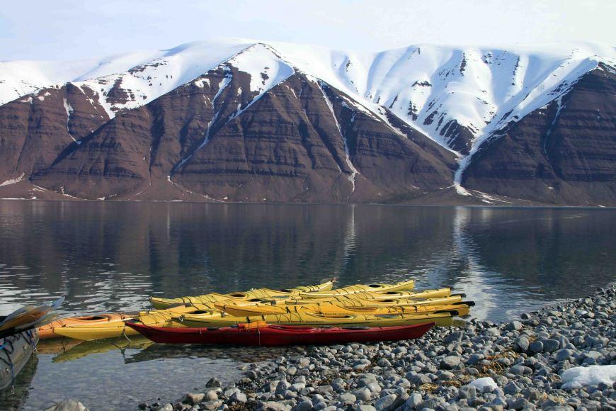 kayaks at Bockfjorden