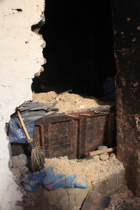 sawdust for hammam in marrakesh medina