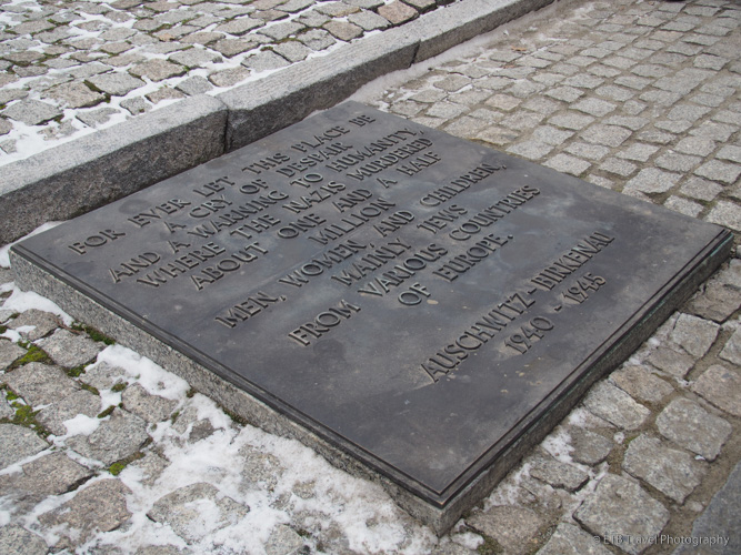 monument plaque at Auschwitz