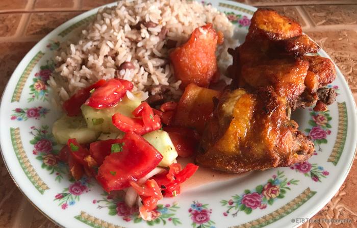 fried chicken in boquete