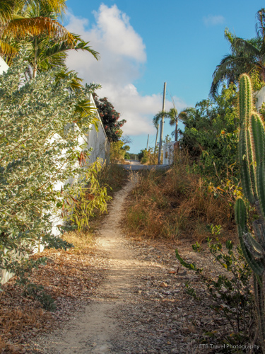 path from Fountain Anguilla to beach