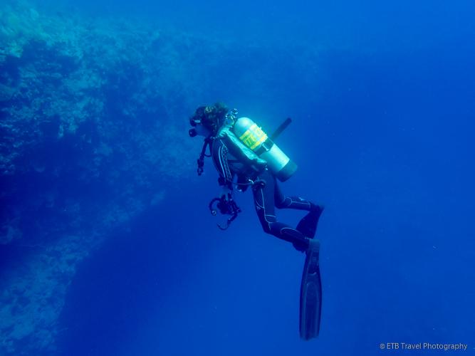 SCUBA diving in Saba