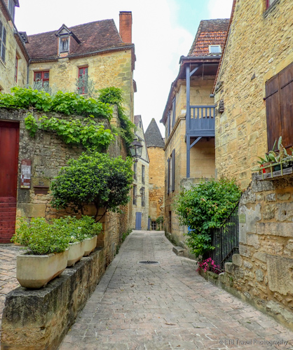Rue Jean-Jacques Rousseau in sarlat