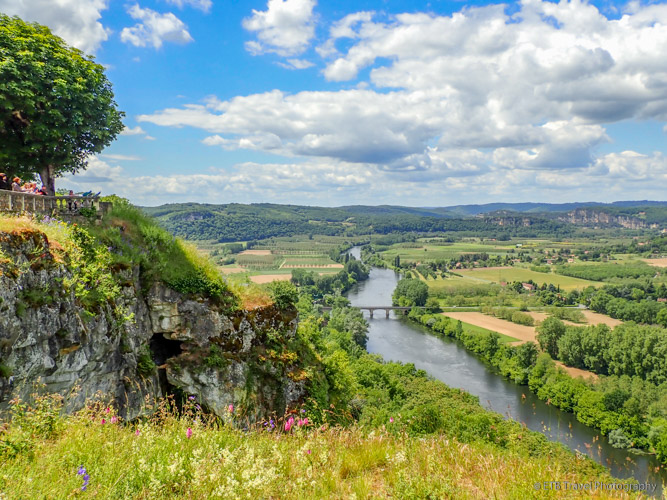 view of dordogne valley from Domme