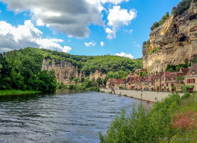 La Roque-Gageac on the dordogne river