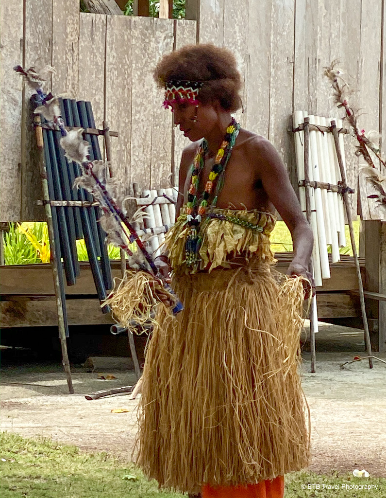 solomon lady dancing