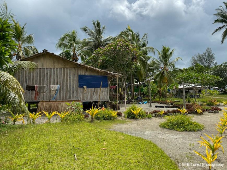 raymond island village
