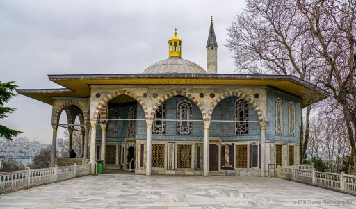 pavillion at topkapi palace in istanbul
