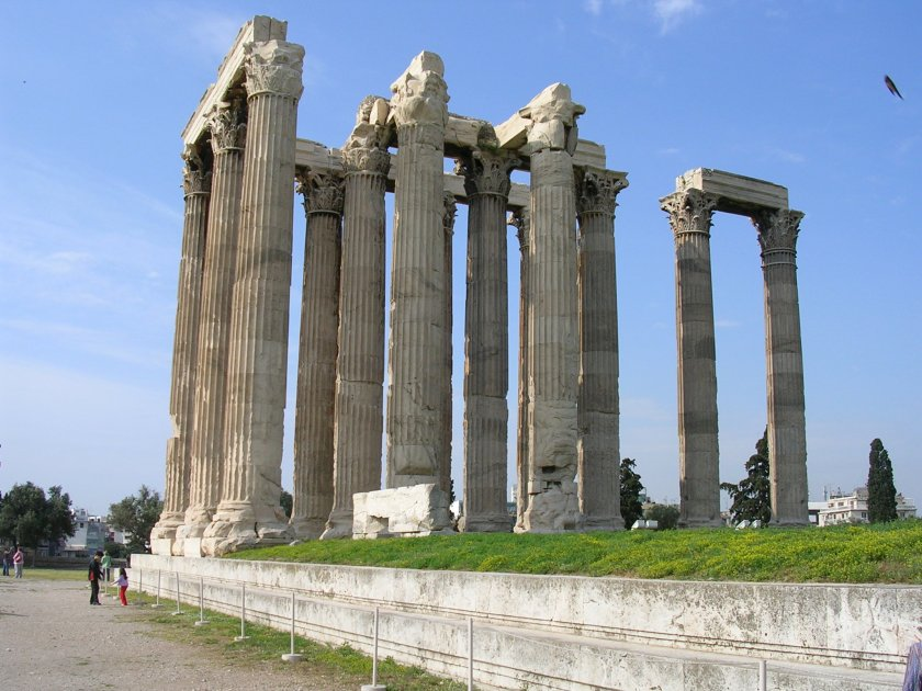 The remaining Corinthian columns of the 5th century BCE temple of Olympian Zeus, Athens. It was not actually completed untilthe 2nd century CE.