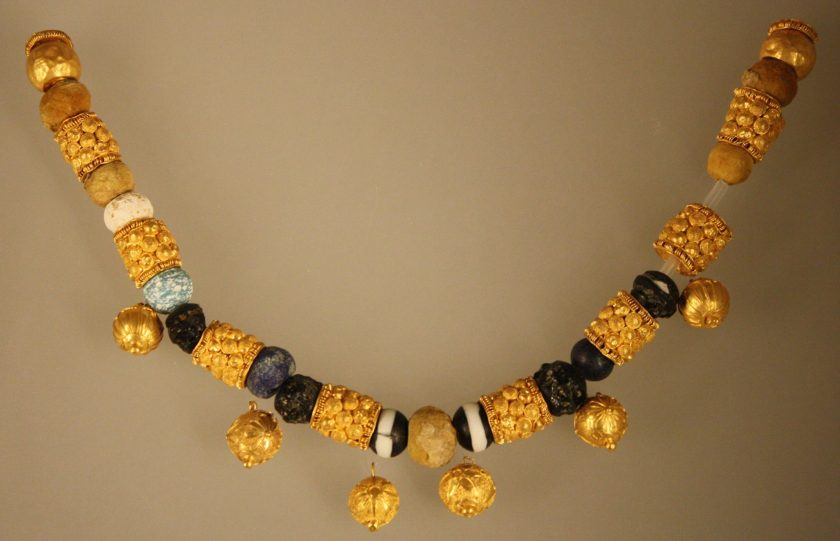 A Roman necklace in gold and glass paste, 6-5 BCE. From a sarcophagus at Fidene, Rome. Palazzo Massimo, Rome.