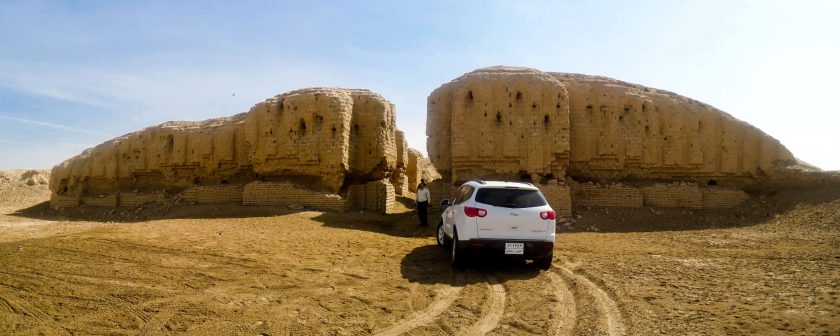The most striking thing you encounter when you visit Kish, is this; ruins of a ziggurat.