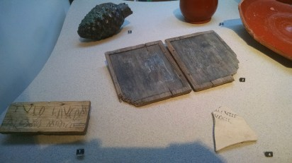 Artefacts from the Roman frontier in the Netherlands