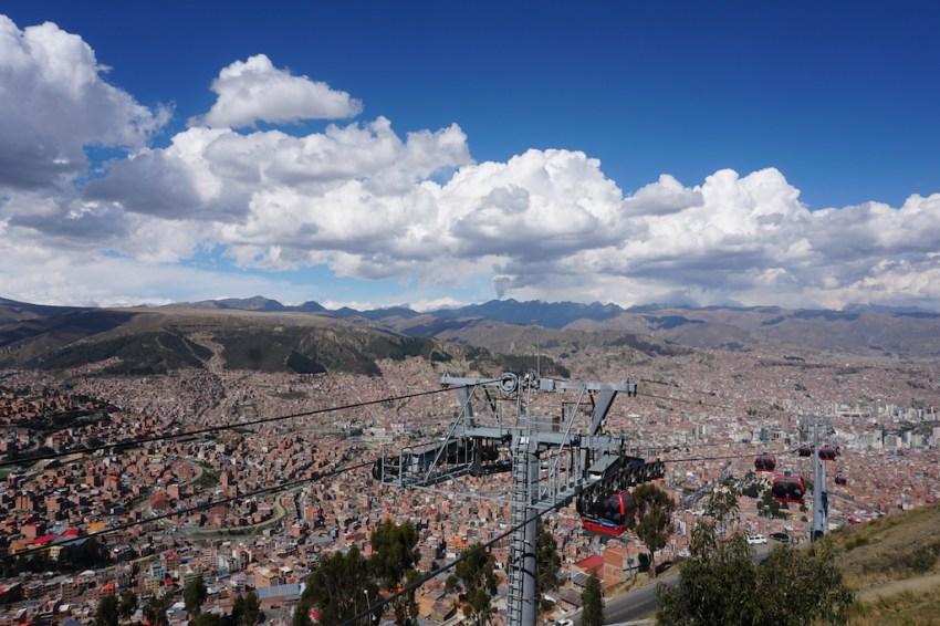 Vue sur La Paz du mirador d'El Alto.