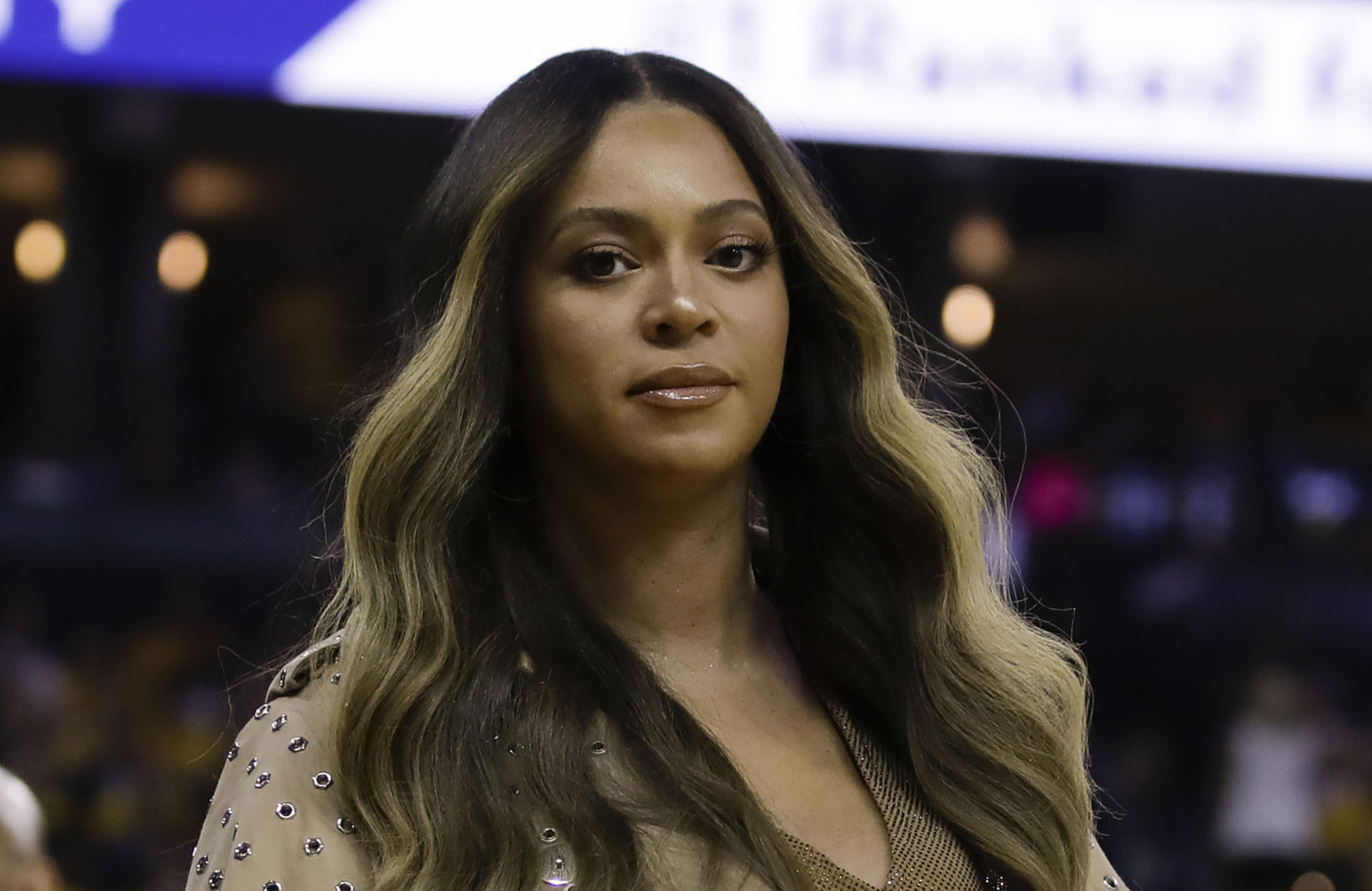 Beyoncé Offers Musical Tribute To 13-Year-Old Fan Who Lost Her Battle With Brain Cancer