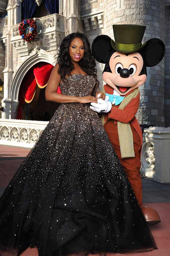 Jennifer Hudson at Disney's 2012 Christmas Parade