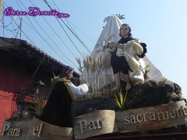 procesion-infantil-jesus-de-san-bartolo-2013-018