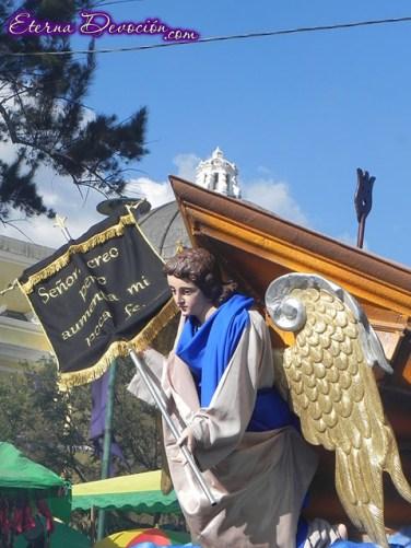 procesion-senor-sepultado-catedral-antigua-2013-009