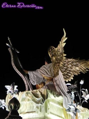 procesion-senor-sepultado-escuela-cristo-2013-007