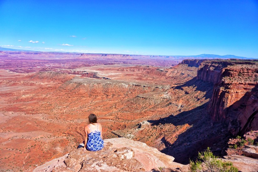 Sitting on the edge looking over Canyonlands national park