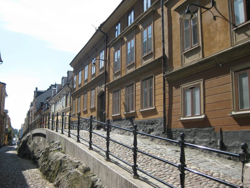 A walkway in Stockholm, near many Swedish hostels and restaurants.