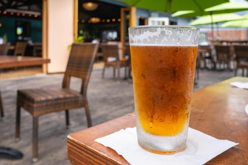 a frosty cold beer in kona