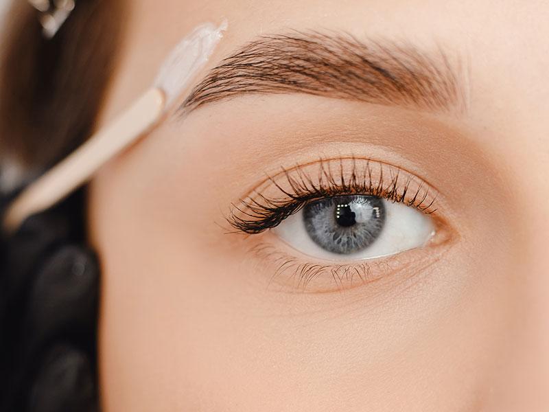 Facial Waxing Application