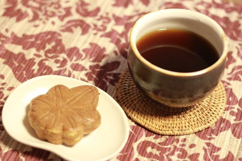 tè dolce manju autunnale foglia d'acero