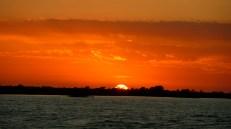 Amanece en el río de la Plata (viaje en Cacciola)