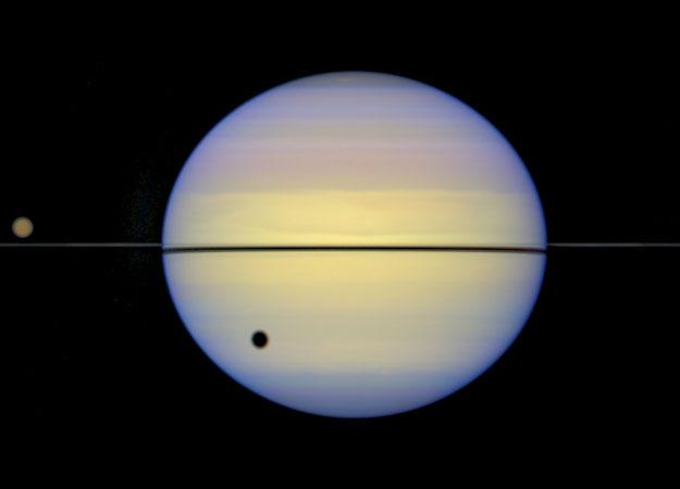 Saturno sem anéis