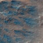 Marte: ramificações de poeira formam figuras fractais