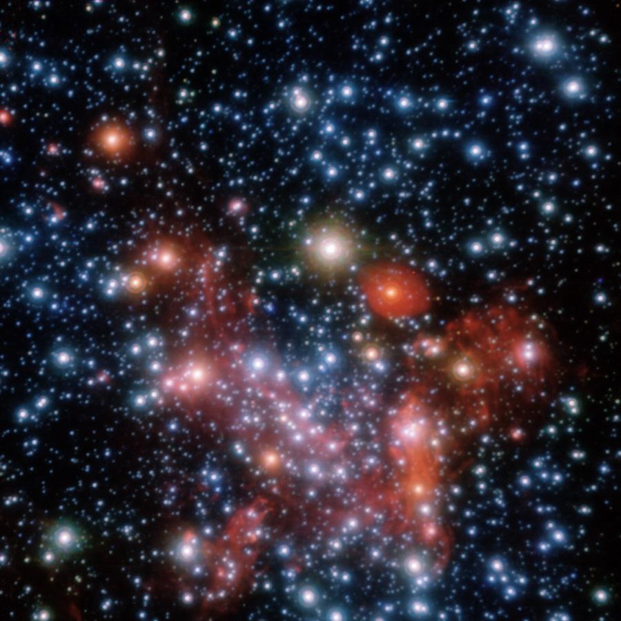 A parte central da nossa galáxia, Via Láctea, observada através em nas faixas do espectro próximas do infravermelho via instrumento NACO do telescópio VLT (Very Large Telescope) da ESO