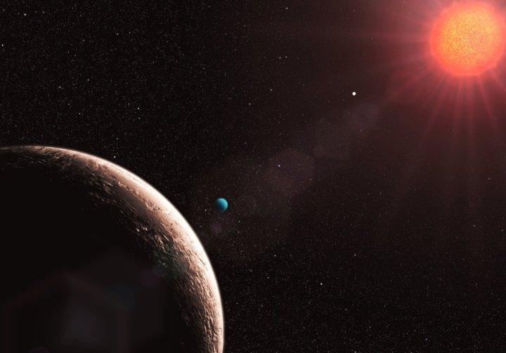 Visão artística de Gliese 581 e, o exoplaneta de menor massa já descoberto. Crédito: ESO